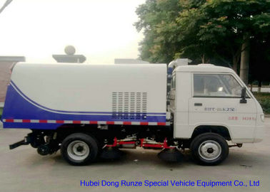 China Foton Mini Road Sweeper Truck , Mechanical Street Sweeper With 4 Brushes 2 Cbm Trash distributor