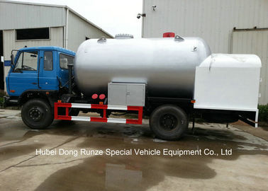 China Road Bobtail LPG Gas Tanker With Mobile Dispenser , Bobtail Propane Delivery Truck distributor
